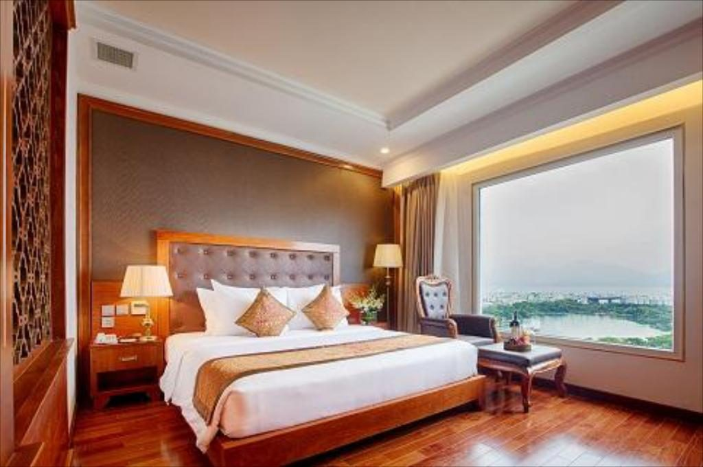 Cần đặt phòng Khách sạn, nhà nghỉ trước khi đến Huế.
