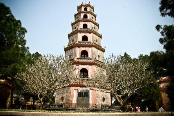 Nét đẹp cổ kính của Cùa Thiên Mụ